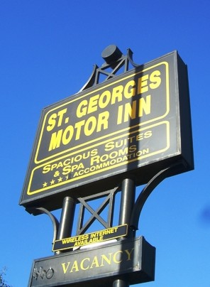 St Georges Motor Inn - Accommodation Noosa