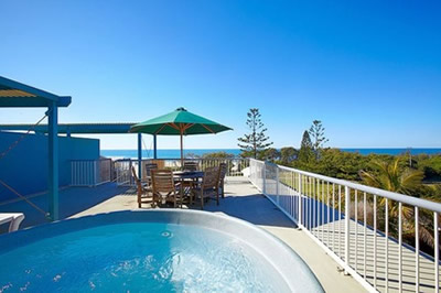 Surf Club Apartments - Accommodation Noosa
