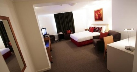 Townhouse Hotel - Accommodation Noosa