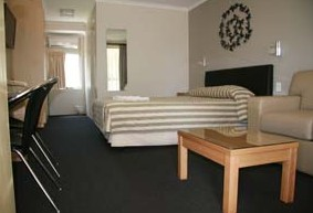 Queensgate Motel - Accommodation Noosa