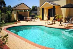 Hopkins House Motel  Apartments - Accommodation Noosa