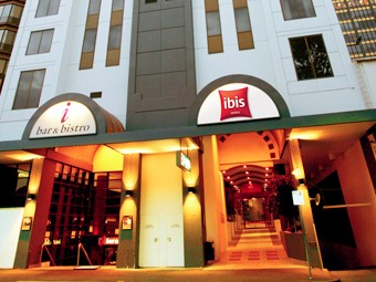 Hotel Ibis Melbourne - Accommodation Noosa