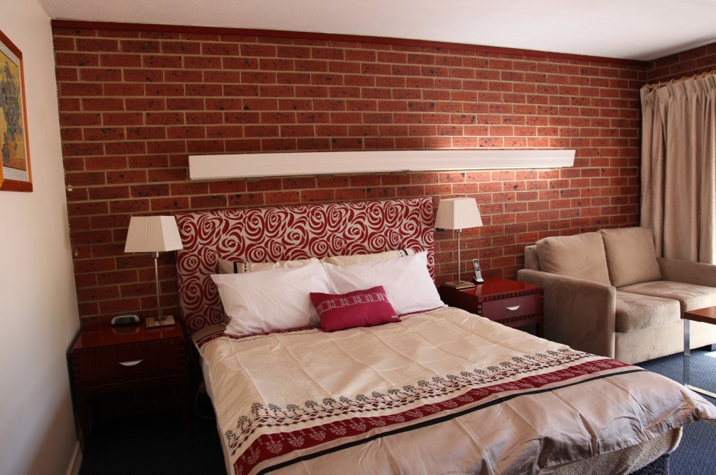 Carnegie Motor Inn and Serviced Apartments - Accommodation Noosa