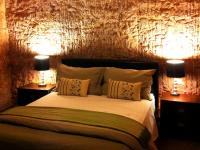 Lookout Cave Motel - Accommodation Noosa