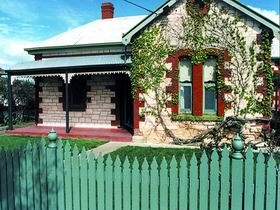 Naracoorte Cottages - Smith Street Villa - Accommodation Noosa