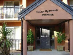Village Apartments - Accommodation Noosa