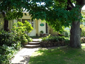 Magnolia Cottage BB - Accommodation Noosa
