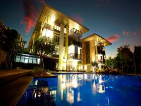Outrigger Little Hastings Street Resort  Spa - Accommodation Noosa