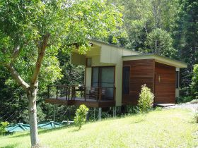 Montville Ocean View Cottages - Accommodation Noosa