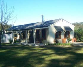 Hillcrest Cottage - Accommodation Noosa