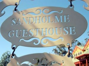 Sandholme Guesthouse 5 Star - Accommodation Noosa