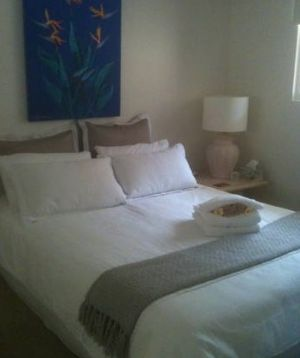 Absolute Beachfront Manly Bed and Breakfast - Accommodation Noosa