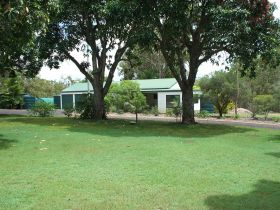 Bungadoo Country Cottage - Accommodation Noosa