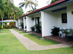Sunlover Lodge Holiday Units and Cabins - Accommodation Noosa
