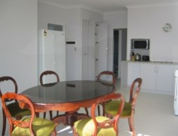 Olas Holiday House - Accommodation Noosa