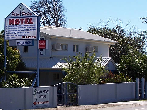 Palm Valley Motel and Self Contained Holiday Units - Accommodation Noosa