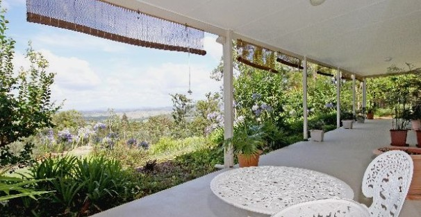 Bed and Breakfast at Wallaby Ridge - Accommodation Noosa