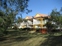 Coral Cove Resort  Golf Club - Accommodation Noosa