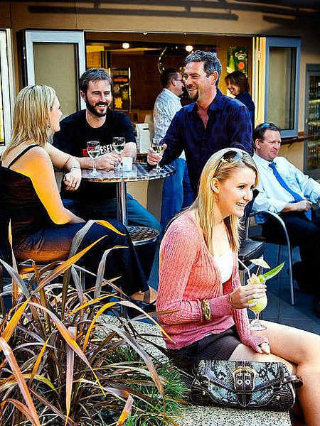 Morphett Arms Hotel - Accommodation Noosa