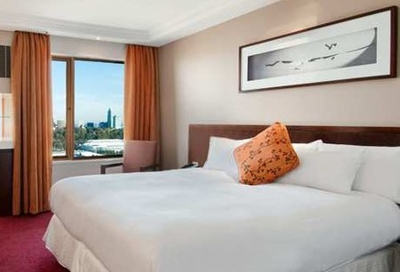 Hilton on the Park Melbourne - Accommodation Noosa