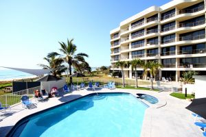 San Simeon Beachfront Apartments - Accommodation Noosa