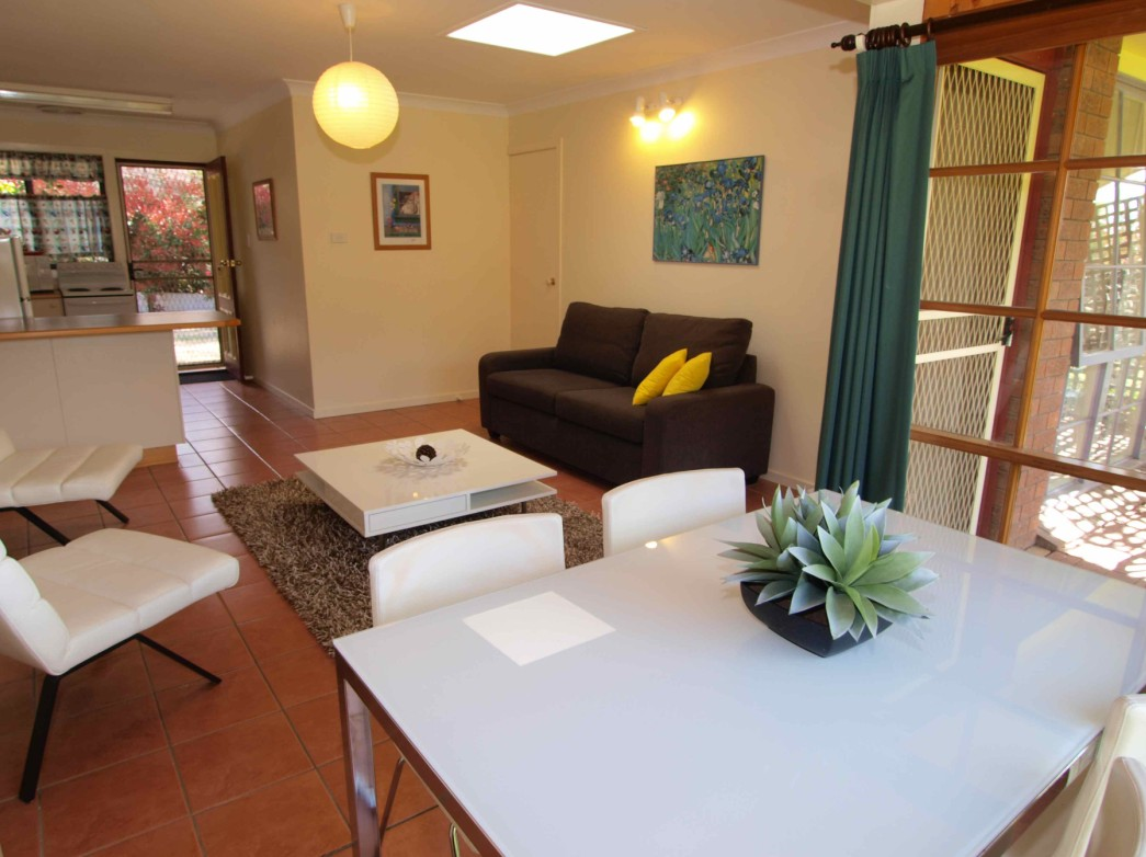 Bright Highland Valley Cottages - Accommodation Noosa