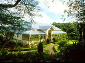 The Falls Rainforest Cottages - Accommodation Noosa