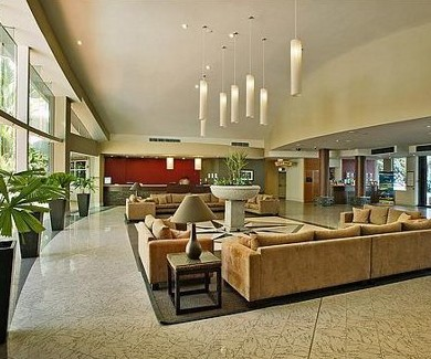 Holiday Inn Cairns - Accommodation Noosa