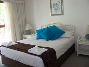 Old Burleigh Court Holiday Apartments - Accommodation Noosa
