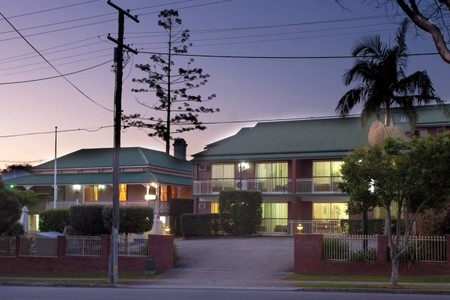 Aabon Holiday Apartments  Motel - Accommodation Noosa