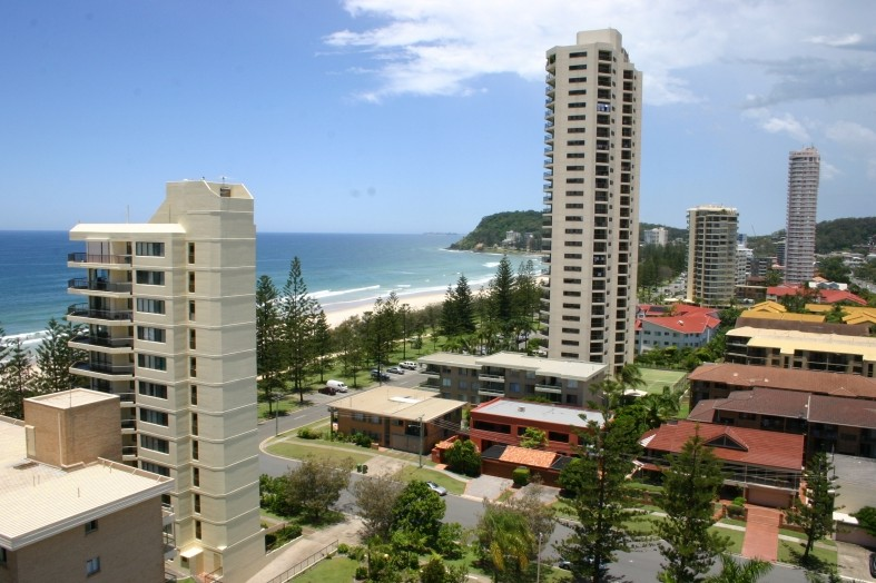 Horizons Burleigh Heads Holiday Apartments - Accommodation Noosa