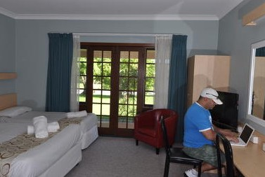 Poplars Inn - Accommodation Noosa