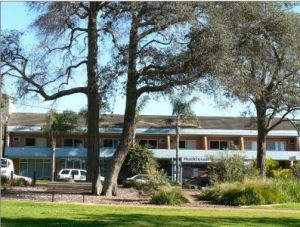 Huskisson Beach Motel - Accommodation Noosa