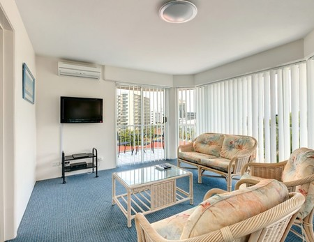 Bay Views Harbourview Apartments - Accommodation Noosa