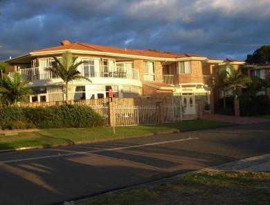 Lake Haven Motor Inn - Accommodation Noosa