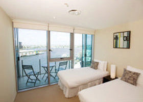 Docklands Apartments Grand Mercure - Accommodation Noosa
