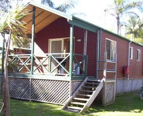 A Paradise Park Cabins - Accommodation Noosa