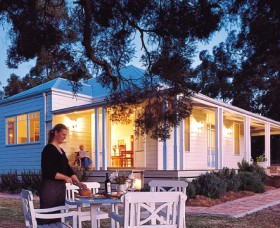 Lillians On Lovedale - Accommodation Noosa