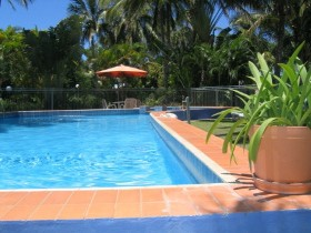 Sunlover Lodge Cabins amp Holiday Units - Accommodation Noosa