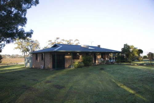 Talga Vines Vineyard Escape - Accommodation Noosa