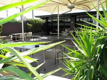Crossroads Hotel Liverpool - Accommodation Noosa