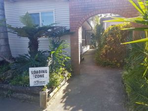 Bentley Waterfront Motel amp Cottages - Accommodation Noosa