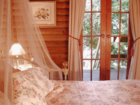 Aldgate Lodge Bed  Breakfast - Accommodation Noosa