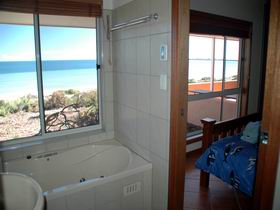 Ceduna Shelly Beach Caravan Park and Beachfront Villas - Accommodation Noosa