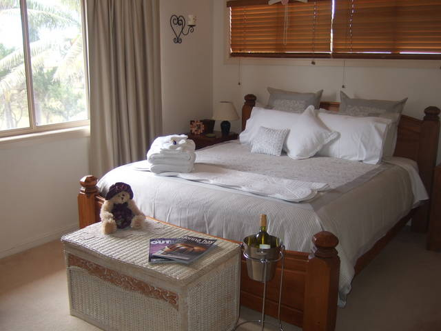 Ayr Bed and Breakfast on McIntyre - Accommodation Noosa