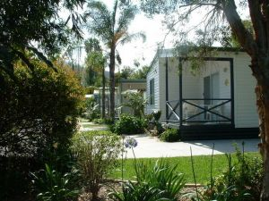 Coastal Palms Holiday Park - Accommodation Noosa