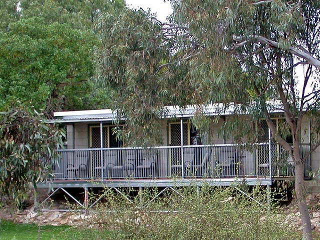 Donald Riverside Motel - Accommodation Noosa