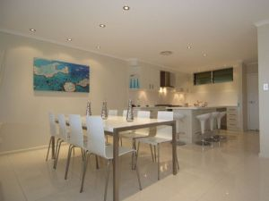 Hamilton Island Private Apartment - Poinciana - Accommodation Noosa