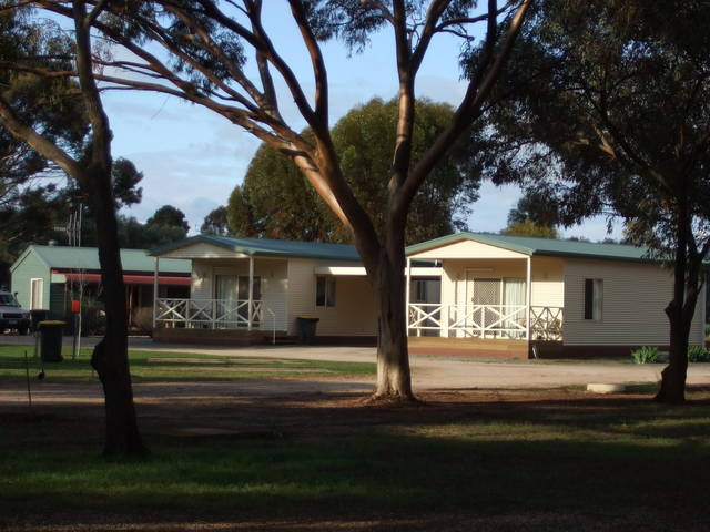 Laura Community Caravan Park - Accommodation Noosa