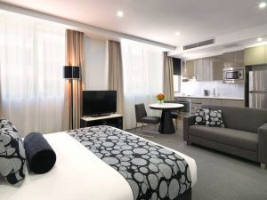 Meriton Serviced Apartments - North Ryde - Accommodation Noosa